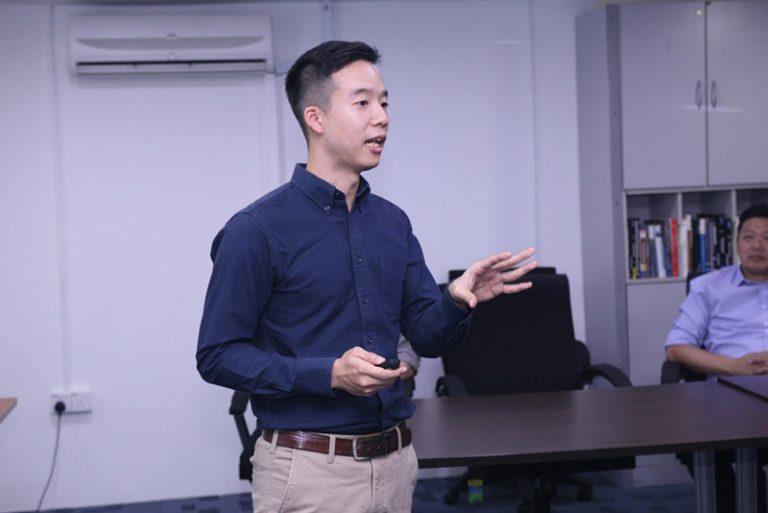 Mr-Sam-Kon-from-HLE-Corporation-on-the-Psychology-of-E-Commerce-min